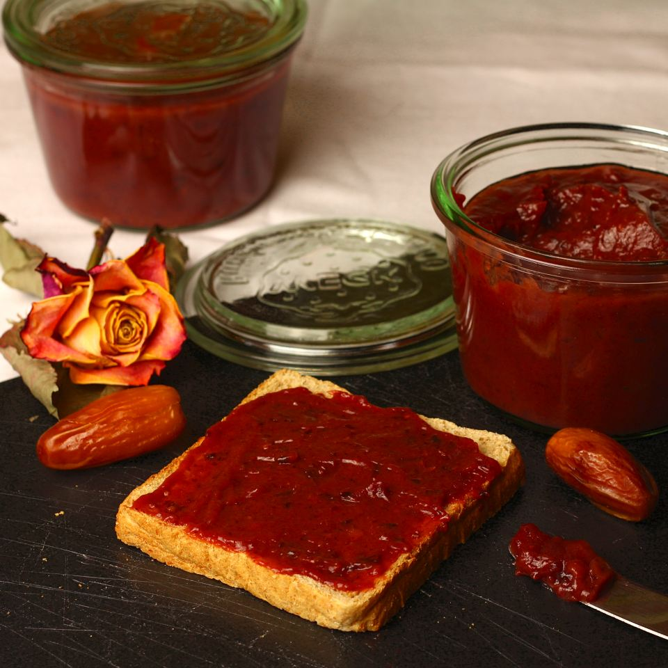 """Rezept: Dattel-Pflaumen """"Marmelade"""""""